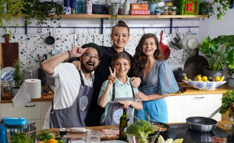 Hello Chef, sezon 2, episod 7. Balotină dinpui cu piure de ciupercià la Chef Roxana Blenche. Ingrediente și mod de preparare