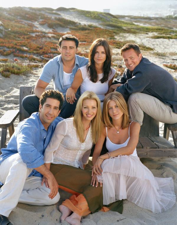 actorii din friends pe plaja