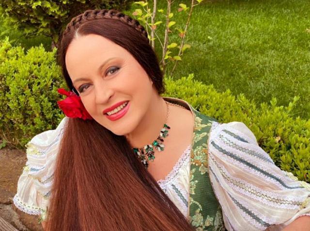 Secretul părului Mariei Dragomiroiu. Cum își îngrijește artista podoaba capilară