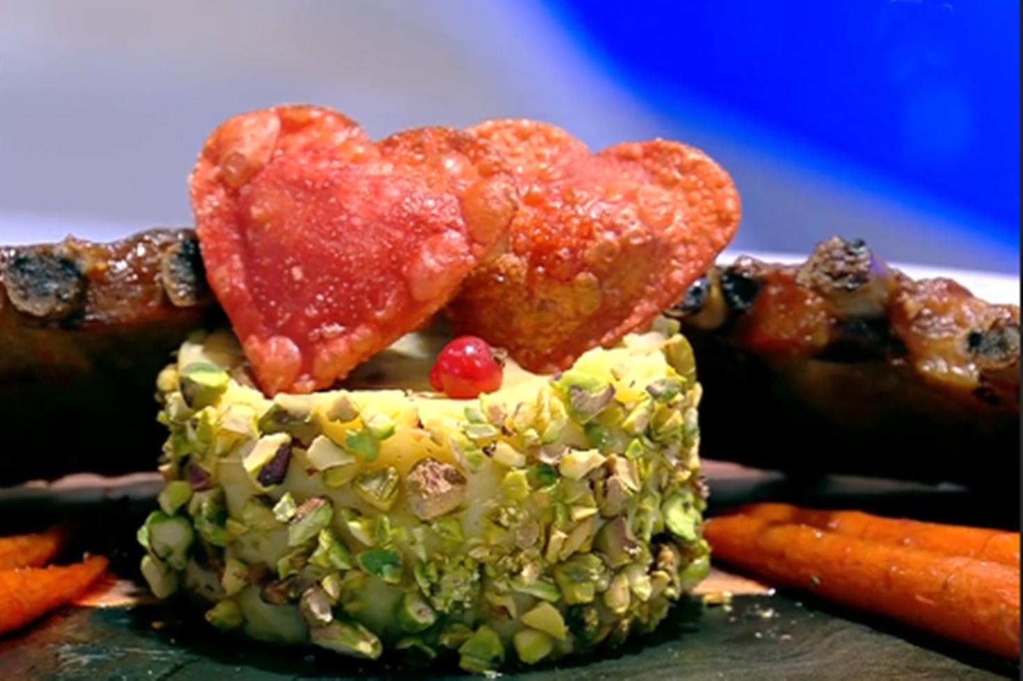 Coaste de porc la cuptor glazurate cu dulceață de măceșe și garnitură de cartofi copți