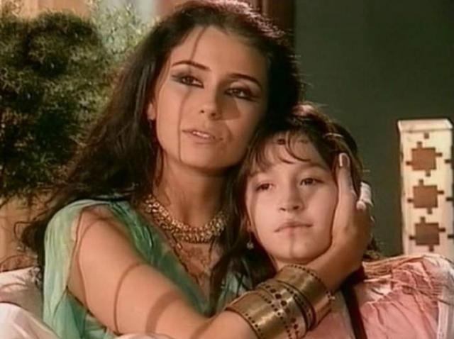 Khadija si Jade, still din clona