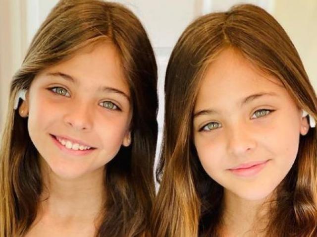 Ava și Leah Clements