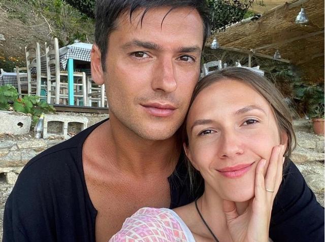 Radu Vâlcan și soția au dezvăluit sexul celui de-al treilea bebeluș. Află dacă vor avea băiat sau fetiță