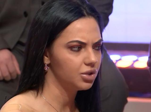 Ștefania, Mireasa
