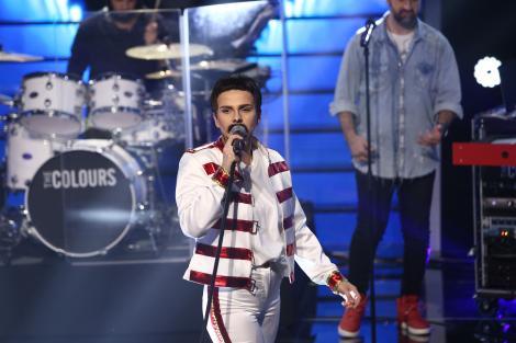 Te cunosc de undeva, 20 februarie 2021. Cristina Vasiu, surpriză de proporții mari pe scenă, transformată în Freddie Mercury