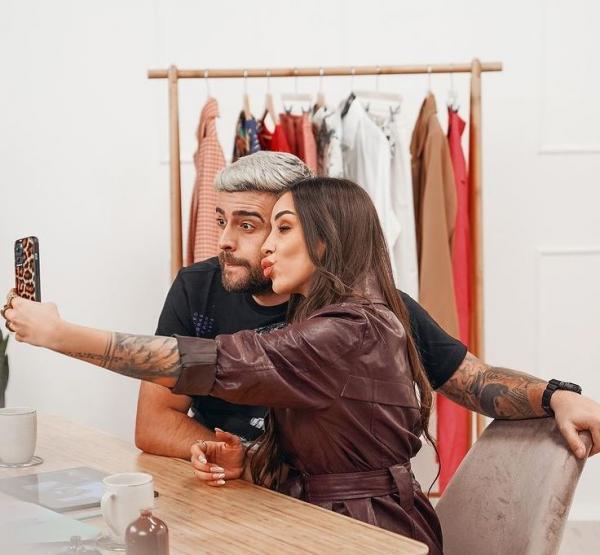 stefania si speak selfie