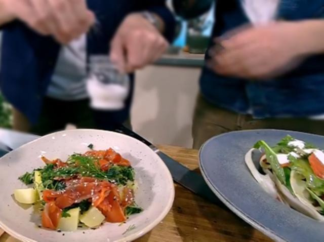 Salată de somon cu legume și smântână