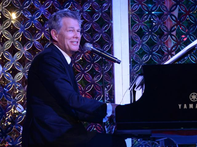 david foster la pian, in costum