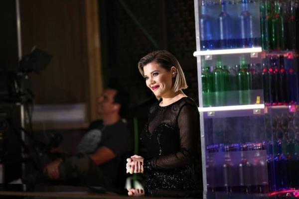 Gina Pistol, într-o rochie neagră, la Chefi la cuțite, sezonul 7