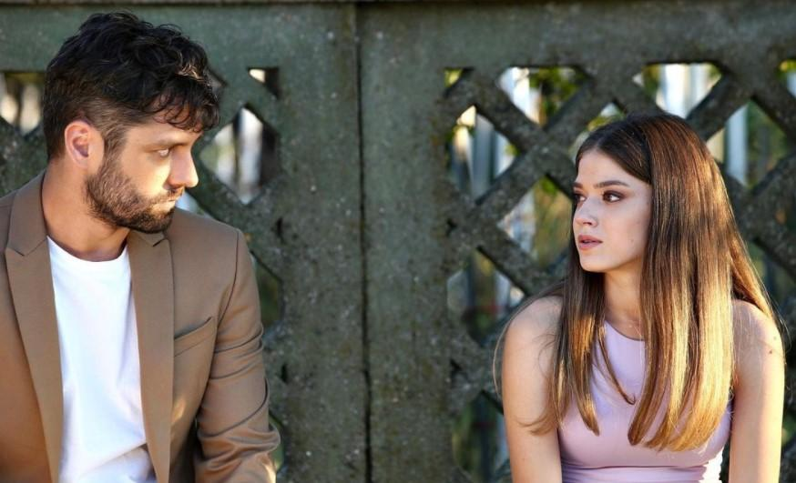 """Alecsandru Dunaev și Mara Oprea, jucând în serialul """"Adela"""""""
