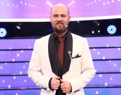 """Cum arată soția și copiii lui Cosmin Seleși, prezentatorul show-ului """"Te cunosc de undeva"""""""