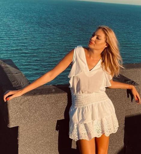 """Valentina Pelinel, mesajul emoționant transmis de ziua gemenelor. Ce fotografie a postat cu """"mărțișoarele"""" ei"""