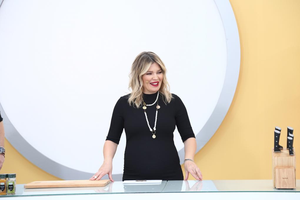 """Gina PIstol în platoul emisiunii """"Chefi la cuțite"""" sezonul 9"""