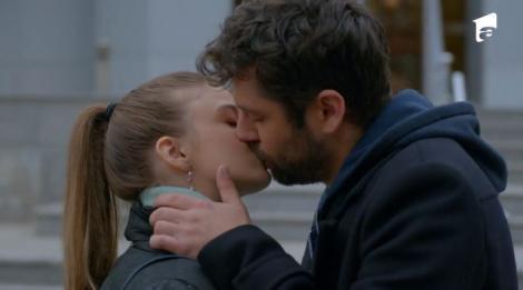 Serial Adela, episodul 17 si episodul 18, din 11 martie 2021. Adela și Mihai se sărută pentru prima dată