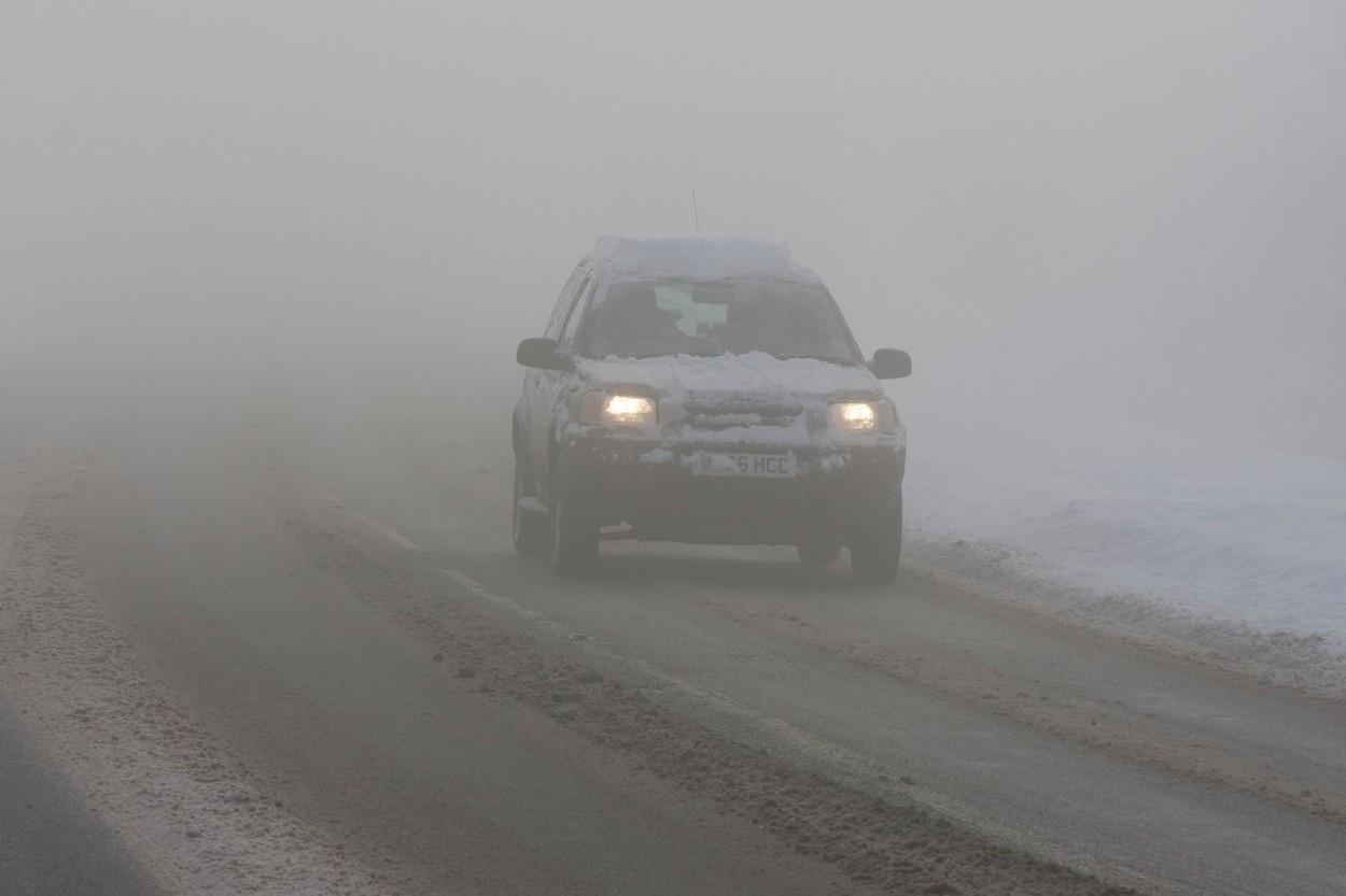 Alertă ANM. Cod galben de ceață. Vremea se menține rece. Ce ne așteaptă în următoarele 4 săptămâni