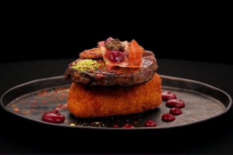 Rețetă de antricot de vită cu foie gras, dulceață de ceapă și brânză pane, prezentată în concursul Chefi la cuțite