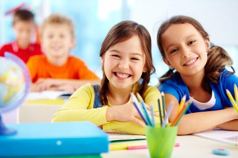 Înscrierea copiilor în învăţământul primar pentru anul şcolar 2021 – 2022. Pașii pe care trebuie să îi urmeze toți părinții