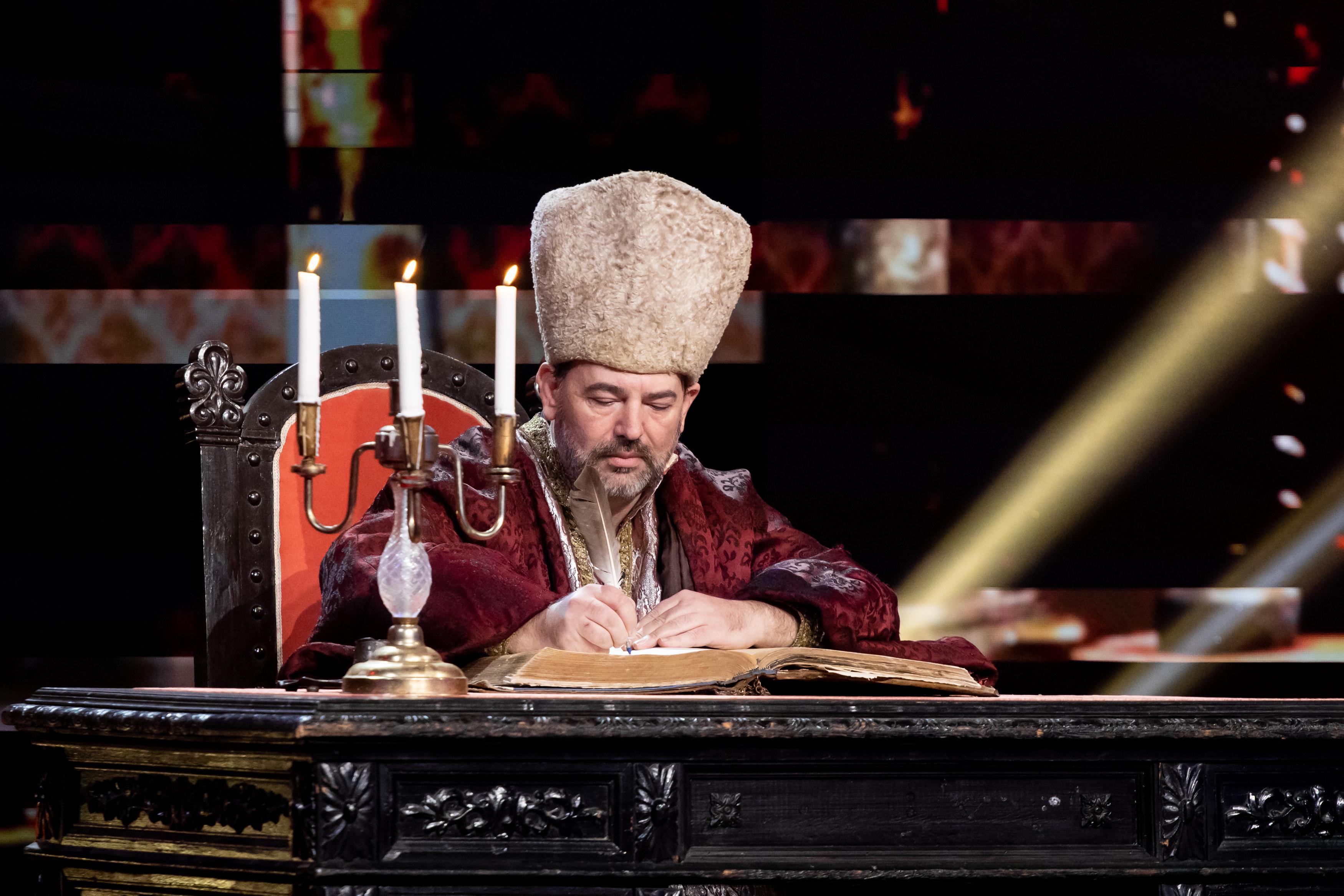 Cine este Virgil Pop, concurentul iUmor care i-a uimit pe jurați cu roast-ul lui în limba română veche