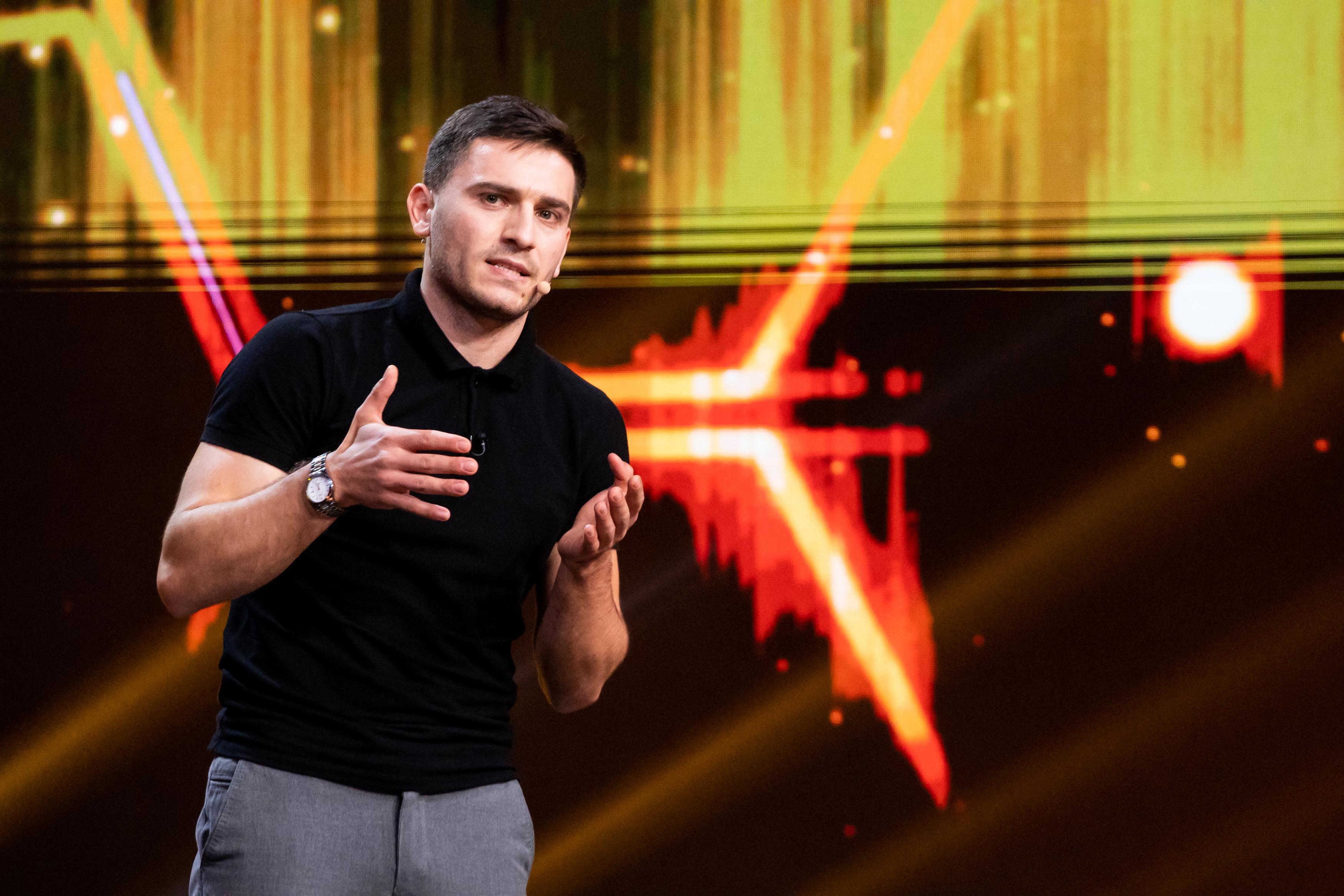 Alexandru Ghețan este cel de-al cincilea finalist iUmor