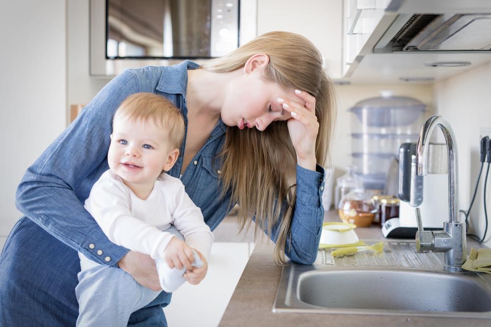 Femeia care plânge de rușine de fiecare dată când pronunță numele fiului său. Ce prenume bizar i-a dat copilul