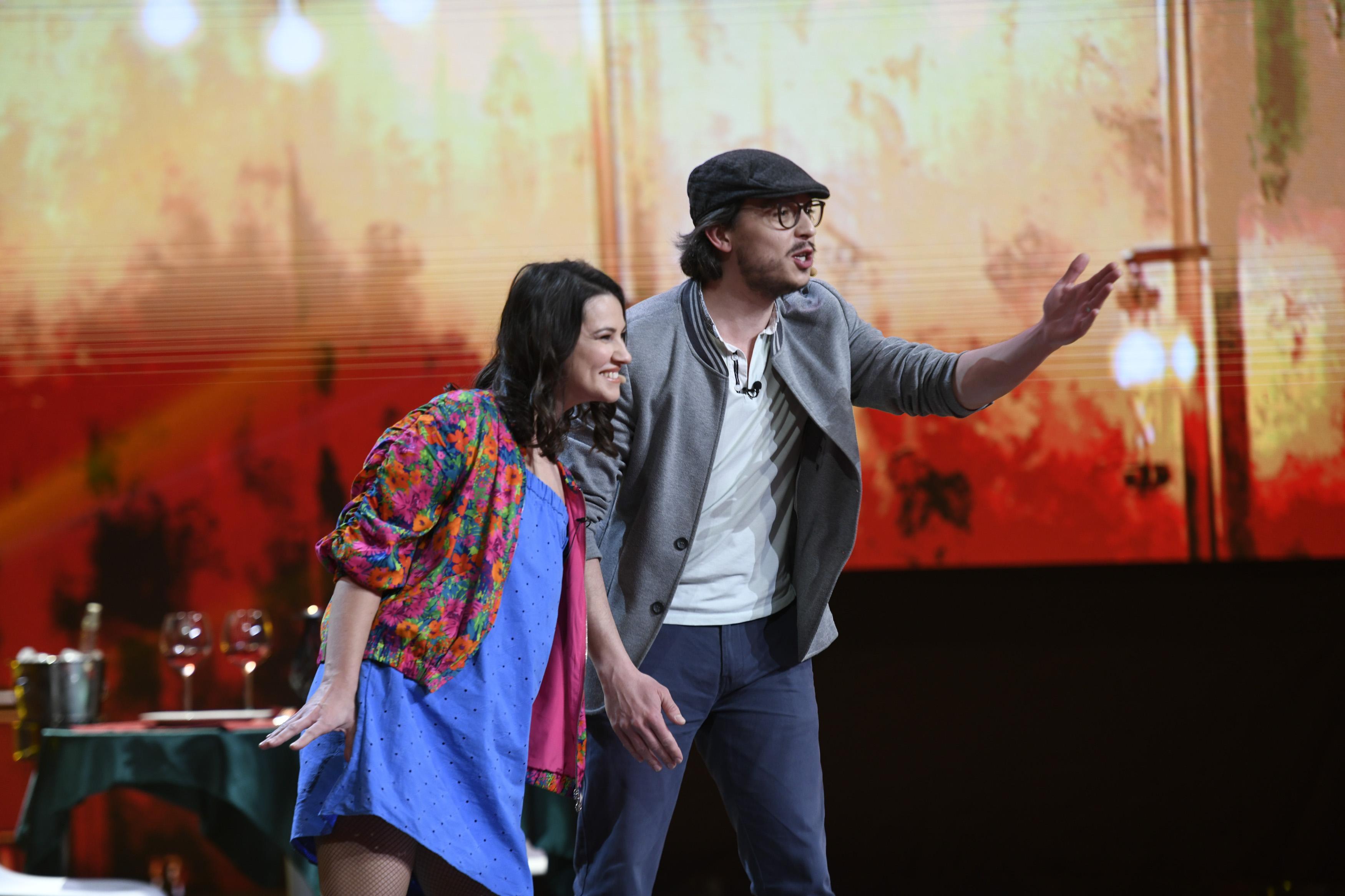 iUmor, 24 martie 2021. Alexandru și Liana Avădanei, părinții cu lipici la public, stârnesc hohote de râs în rândul juraților