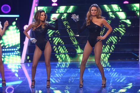 Te cunosc de undeva, 27 martie 2021. Ana Baniciu și Raluka, sexy în postura lui Beyonce. Cele două au impresionat