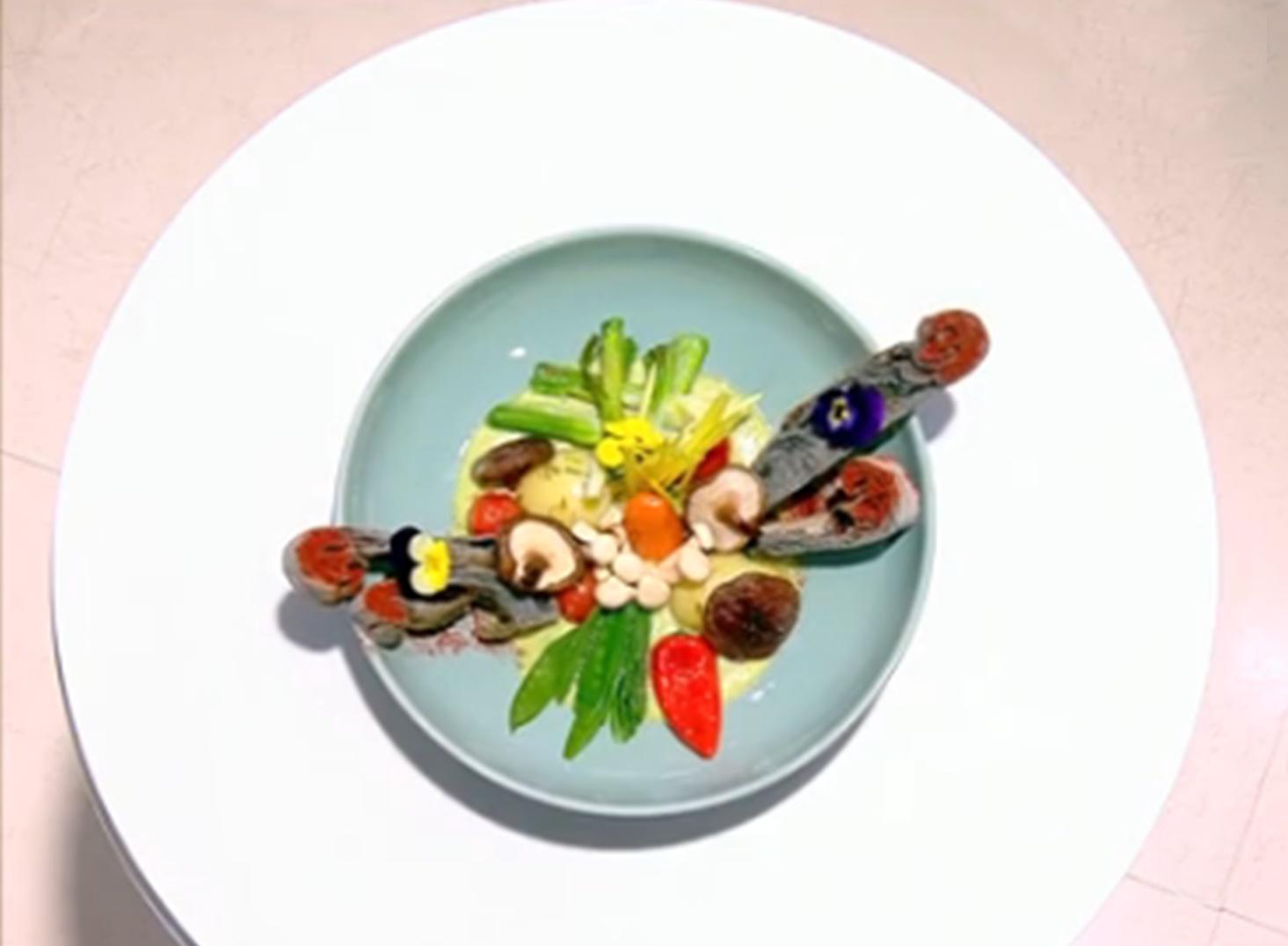 Mousse de dovlecei cu legume de primăvară, rețetă de post preparată de Vlăduț la Neatza cu Răzvan şi Dani