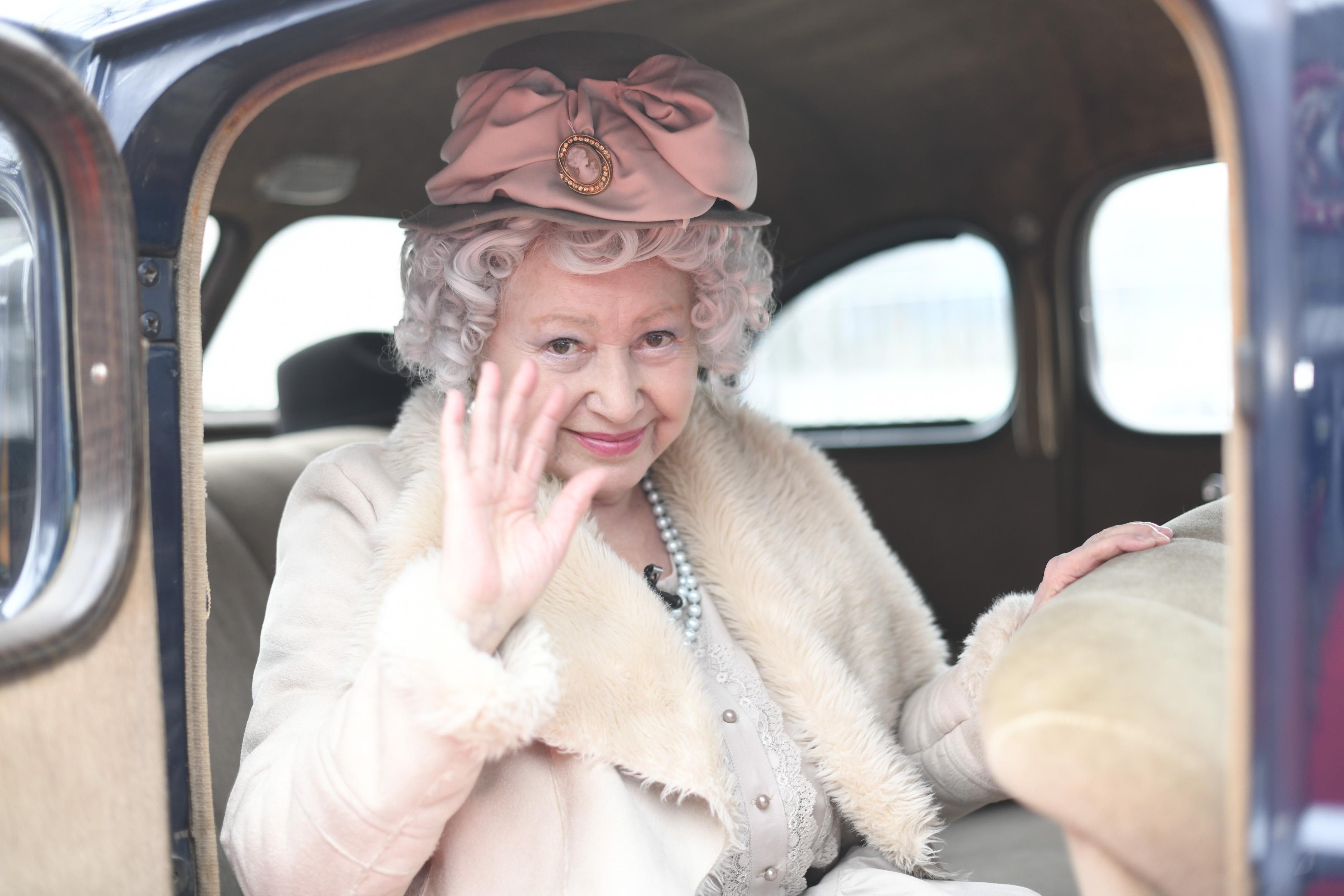 iUmor, 31 martie 2021. Regina Elisabeta, roast-ul istoric de senzație care i-a fermecat pe jurații iUmor