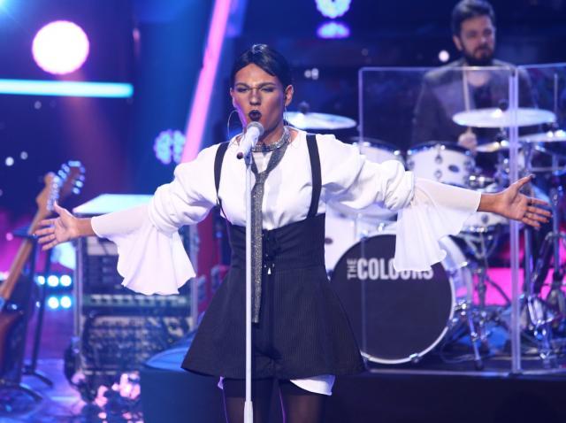 Radu Ștefan Bănică, interpretând-o pe Rihanna, la TCDU