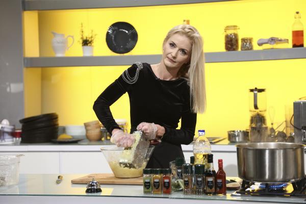 "Elwira Petre la ""Chefi la cuțite"", sezonul 9"