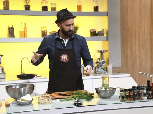 """Aurelian Mihai gătind la """"Chefi la cuțite"""", sezonul 9"""