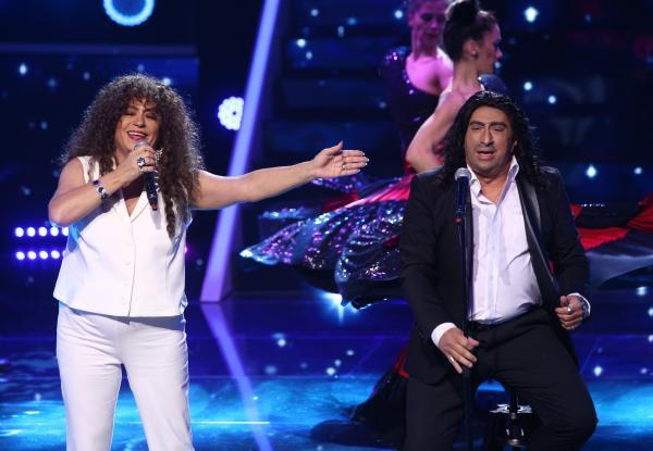 Romică Țociu și Adriana Trandafir pe scena Te cunosc de undeva