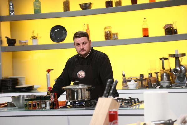 florin danu gătind în bucătăria chefi la cuțite, sezonul  9