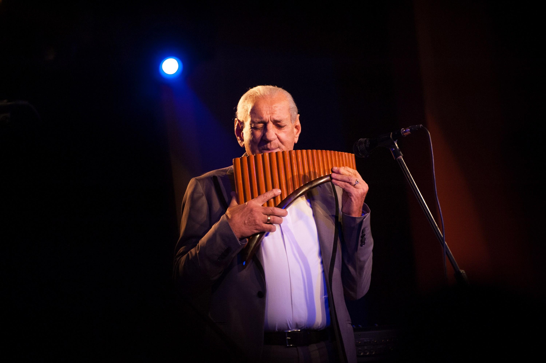 """A devenit unul dintre cei mai mari muzicieni ai lumii. Dezvăluirile lui Gheorghe Zamfir la """"Legendele"""", cu Dan Negru"""