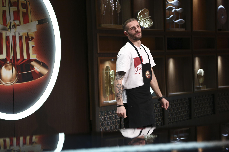 Chefi la cuțite, 12 aprilie 2021. Andrei Mihalache e concurentul dependent de vorbit care i-a uluit pe jurați. Ce a dezvăluit