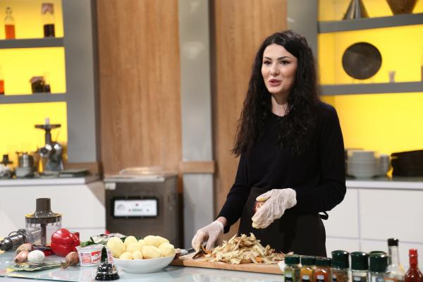 ana maria anthon gatind in bucataria chefi la cutite