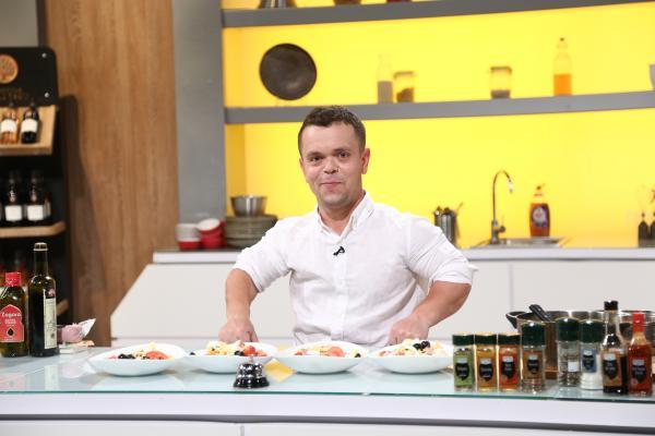 buiac iulian gatind in bucataria emisiunii chefi la cutite