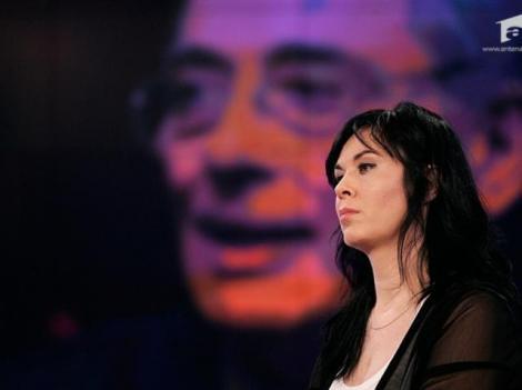Cum arată acum Mariana Moculescu după ce și-a făcut mai multe intervenții estetice. Pare o altă persoană
