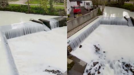 Râul a cărui apă s-a făcut albă în doar câteva minute. Localnicii au crezut că nu văd bine și s-au gândit la ce e mai rău