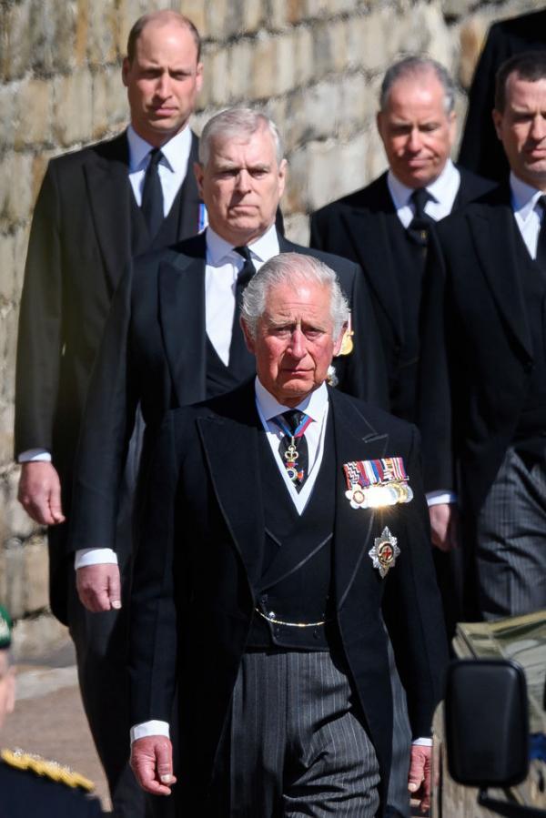 printul william in cortegiul funeral al lui philip
