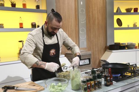 Al Hamoui Moument, gătește în platoul Chefi la Cuțite, sezonul 9