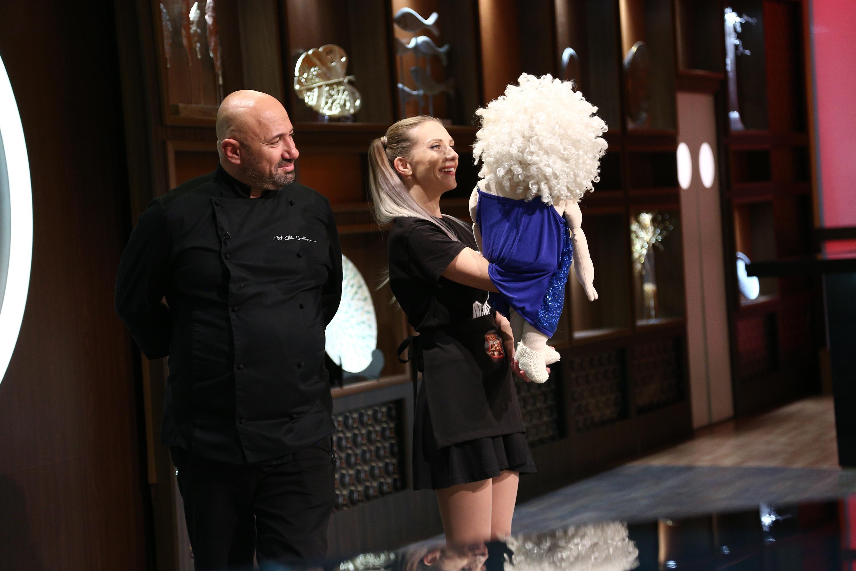 Chefi la cuțite, 20 aprilie 2021. Chef Cătălin Scărlătescu, cerut în căsătorie la Chefi la Cuțite. Ce i-a răspuns Crinei Zvobodă