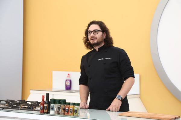 Florin Dumitrescu, în bucătăria Chefi la cuțite