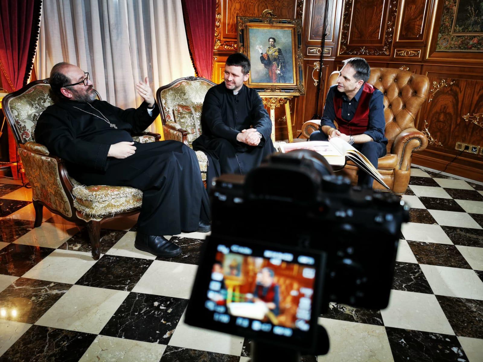În noaptea de Înviere, preoții Constantin Necula și Francisc Doboş, pentru prima oară împreună la tv la Legendele, cu Dan Negru