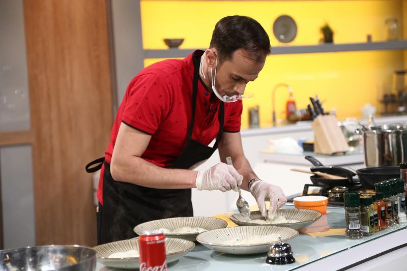 """Mataz Alzarau gătind la """"Chefi la cuțite"""""""