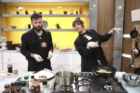 Cocuța și Bogdan Boantă gatind la chefi la cutite
