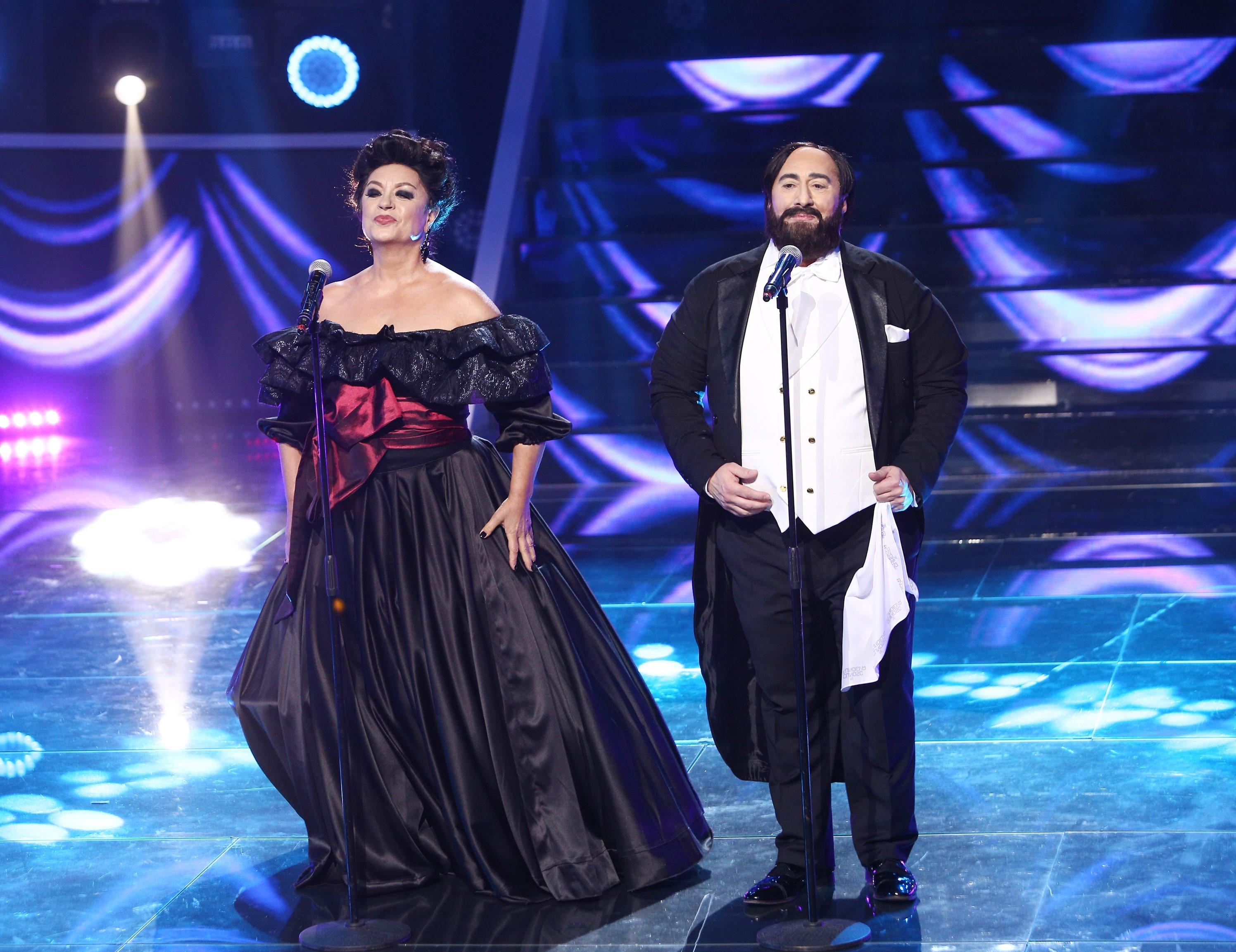 """Adriana şi Romică se transformă în Leontina Văduva si Luciano Pavarotti: """"Îmi vine să plâng, să plec acasă!"""""""