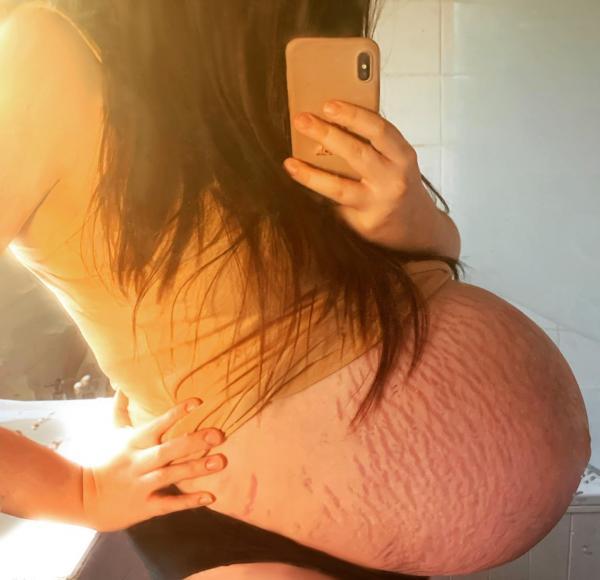 Amber Cumberland , poză cu burtica de gravidă
