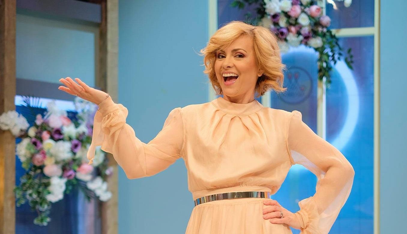 Reality show-ul matrimonial Mireasa, ediţii speciale de Paşte! Simona Gherghe petrece a doua zi de Paşte în casa Mireasa