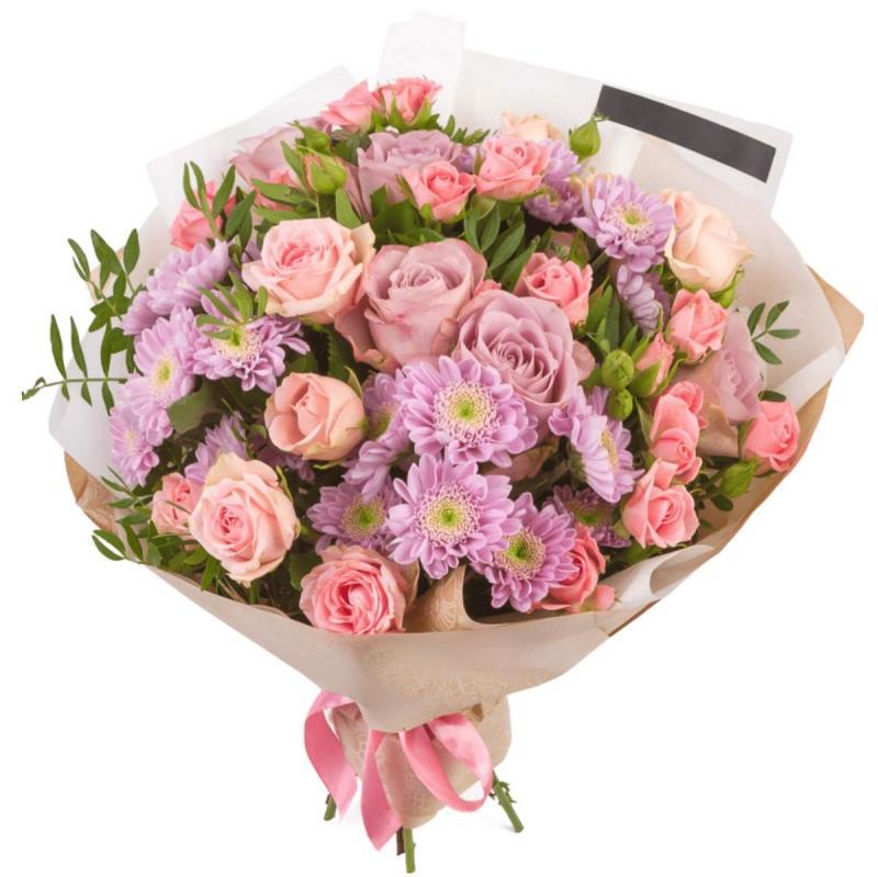 imagine ilustrativa cu un buchet roz de trandafiri